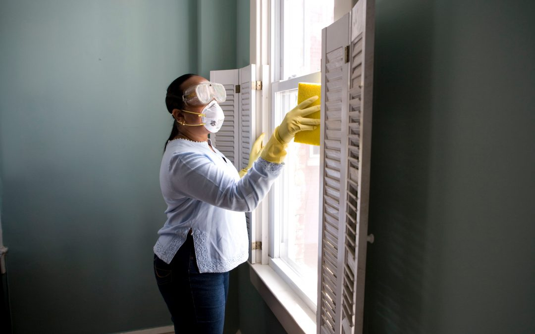 How to Clean Different Types of Blinds in your Office